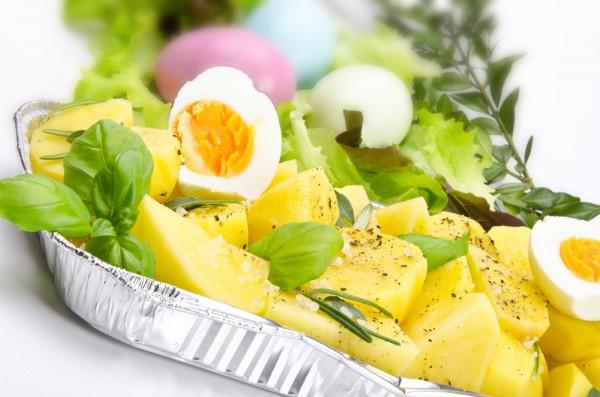Рецепт                  Салат из молодого картофеля с зеленью и яйцом