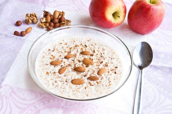 Рецепт                  Гречневая каша с молоком и орехами