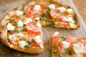 Пицца Маргарита - одно из самых популярных итальянских блюд
