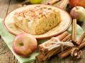Простой яблочный пирог с корицей