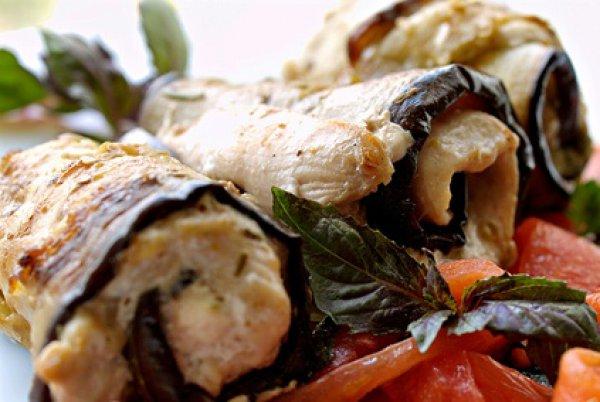 Рецепт                  Рулетики из курицы с баклажанами