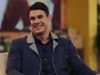 Холостяк 7 сезон онлайн: в первом выпуске герой отобрал 15 участниц