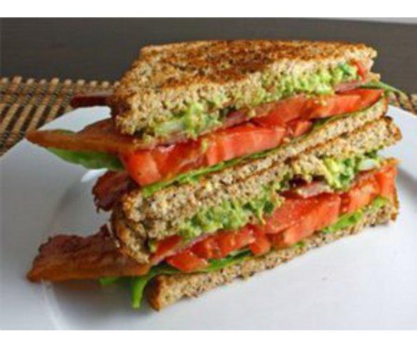 Рецепт                  Бутерброд с беконом и помидорами