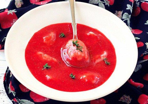 Рецепт                  Клубничный суп с клецками