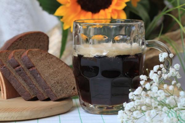 Как сделать квас из черного хлеба и дрожжей 929