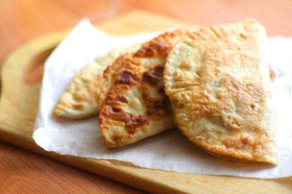 Рецепт                  Крымские чебуреки с мясным фаршем