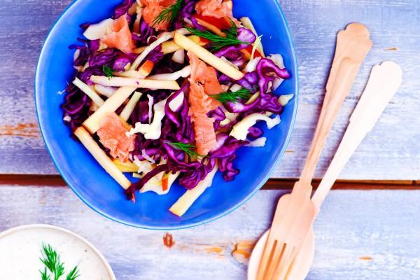 Рецепт                  Великий пост 2015: Салат из капусты с яблоками и лососем
