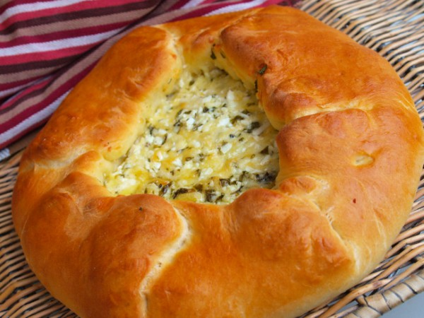 Рецепт                  Дрожжевой пирог с сыром