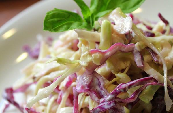 Рецепт                  Простой салат из капусты