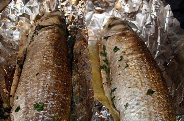 Рецепт                  Кефаль с чесноком и зеленью