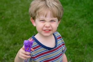 Если твой ребенок плохо себя ведет и не слушает тебя, причина не в воспитании, а в генах