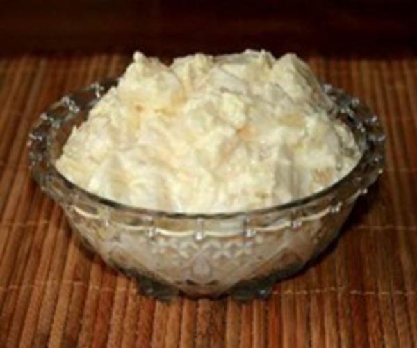 Рецепт                  Салат с ананасами и чесноком