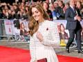Кейт Миддлтон пришла на показ фильма в смелом платье