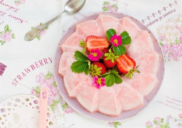 Рецепт                  Рецепты на 8 марта: Клубнично-сливочный десерт