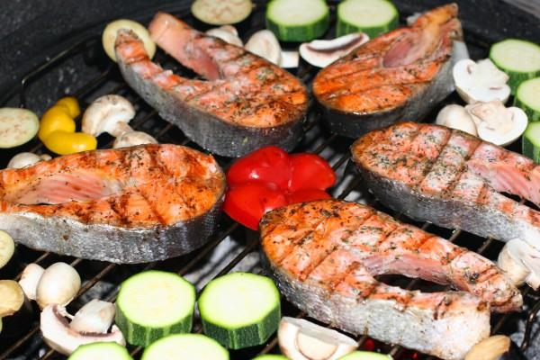 Рецепт                  Лосось с овощами на гриле