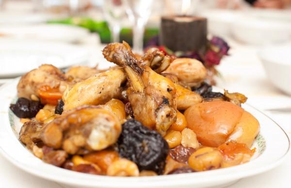 Рецепт                  Окорочка в сливочно-черносливовом соусе