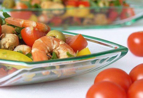 Рецепт                  Салат из креветок и мидий