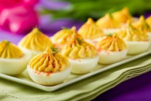 Фаршированные яйца - вкусная пасхальная закуска