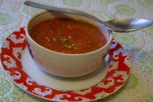 В суп не забудьте добавить зелень, что придаст блюду приятный аромат