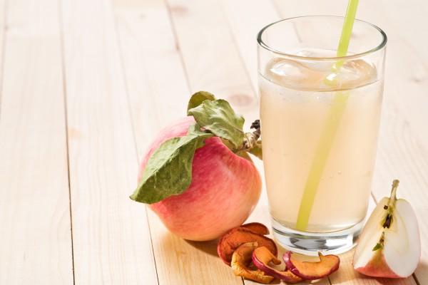 Как сделать из яблочного компота вино