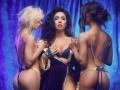 Чемпионка мира по стриптизу Варда запустила эротический видеоблог