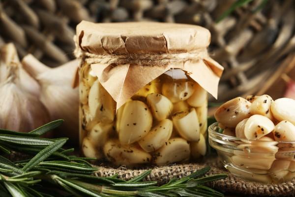 Рецепт                  Маринованный чеснок на зиму