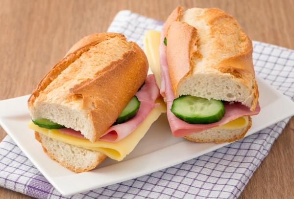 Рецепт                  Рецепты для пикника: Сэндвичи с ветчиной и сыром