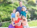 Тори Спеллинг впервые показала своего пятого ребенка