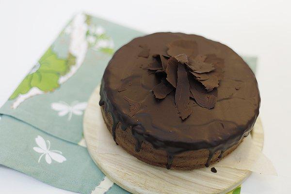 Рецепт                  Шоколадный бисквитный торт с апельсином