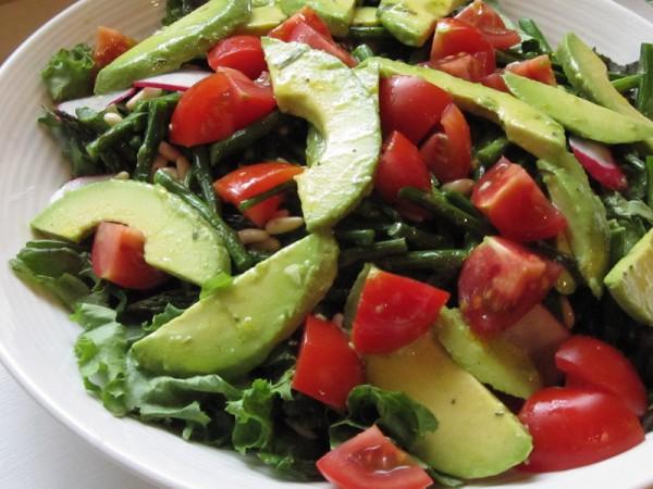 Рецепт                  Салат из помидоров, авокадо и редиса