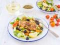 Салат из курицы гриль и овощей