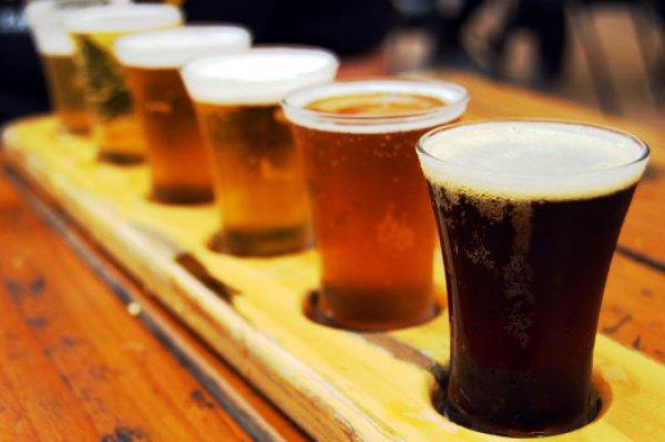Рецепт                  Горячее пиво с фруктами и специями