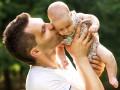 Опрос: 91,9% украинцев не доверяют советам своих отцов