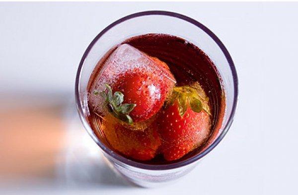 Рецепт                  Холодный чай с клубникой
