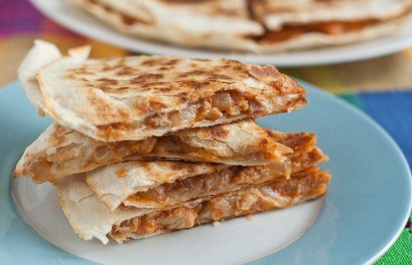 Рецепт                  Кесадилья со свининой и сыром