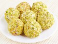 Сырные шарики: Три вкусные идеи