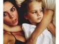 Мамино счастье: ТОП-10 ярких фото звезд с детьми