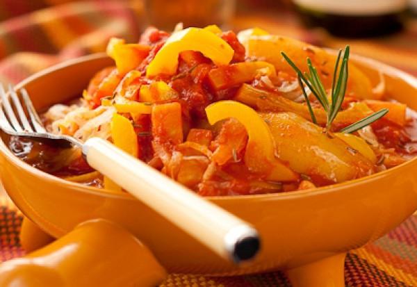 Рецепт                  Постный картофельный гуляш с квашеной капустой