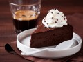 Шоколадный торт: три вкусные идеи