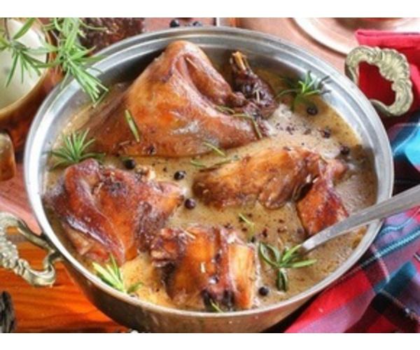 Рецепт                  Кролик в винном соусе