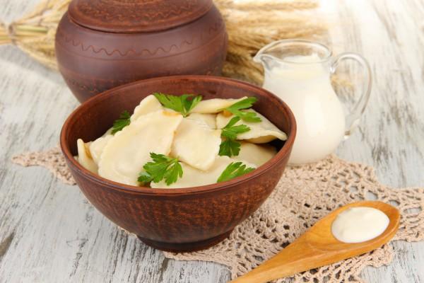 Рецепт                  Вареники с лисичками и картофелем