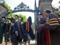 В США университет Брауна готов оплатить студентам операцию по смене пола