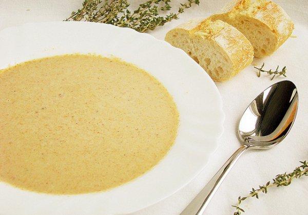 Рецепт                  Крем-суп из лисичек с белым вином