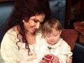 Бледанс пожаловалась, что страницу ее сына с синдромом Дауна удалили