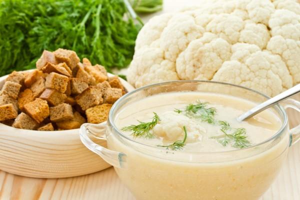 Рецепт                  Крем-суп из цветной капусты с ржаными гренками