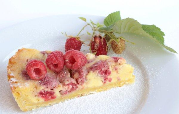 Рецепт                  Пирог с белым шоколадом и ягодами