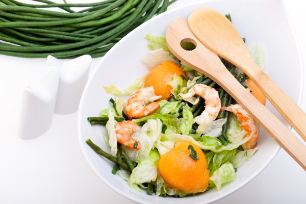 Рецепт                  Салат из креветок с персиками