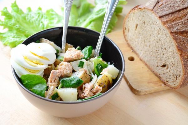 Рецепт                  Салат из молодого картофеля и рыбы