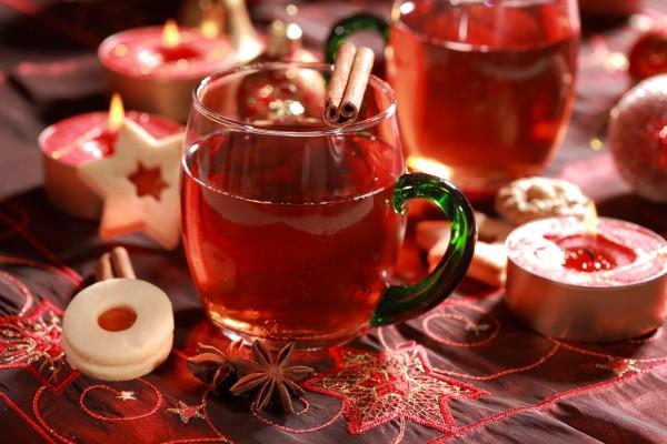 Рецепт                  Чай с пряностями и клюквой