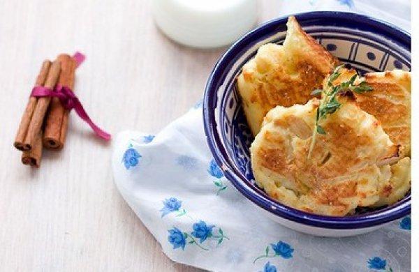 Рецепт                  Сырники с яблоками в духовке